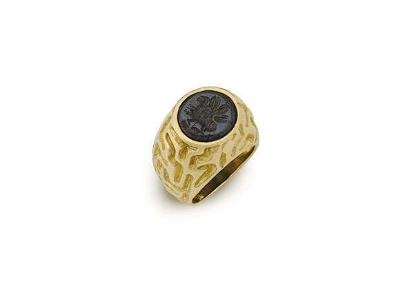 Gold ring with Sasanian haematite; fine jewellery London
