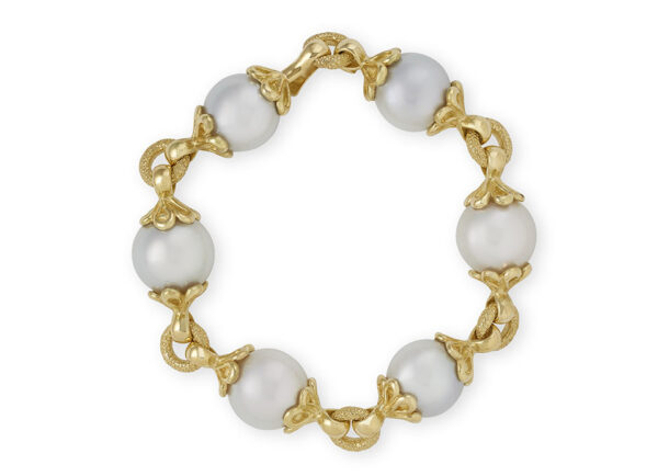 South Sea Pearl and gold bracelet; fine jewellery London