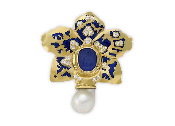 Elizabeth's Latest Jewels